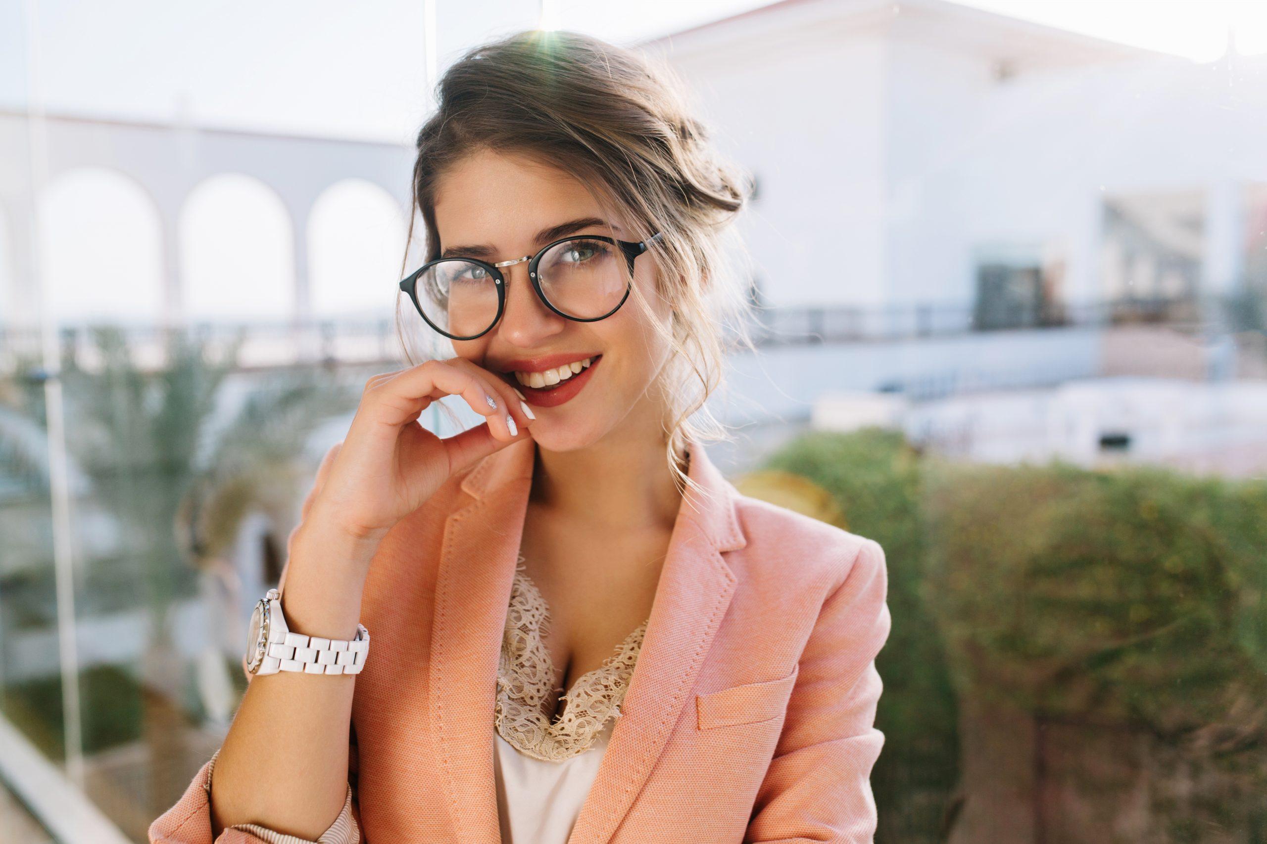 Rubi-tarotista-española-muy-solicitada-muchos-clientes-experta-en-amor